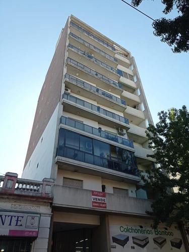 Piso Exclusivo Mendoza Y Cafferata - Balcón - Escritura