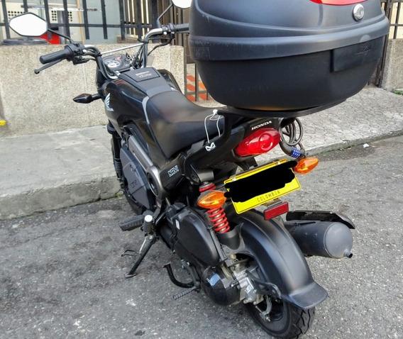 Honda Navi Negra Con Parrilla Incluida En El Precio