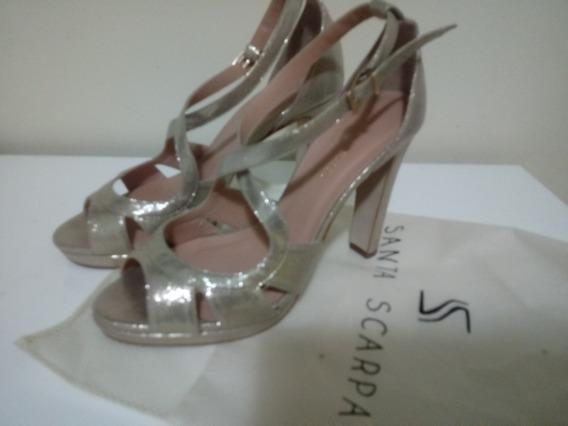 Sandália Dourada Santa Scarpa