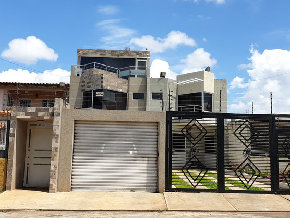 Family House Guayana Townhouse Master