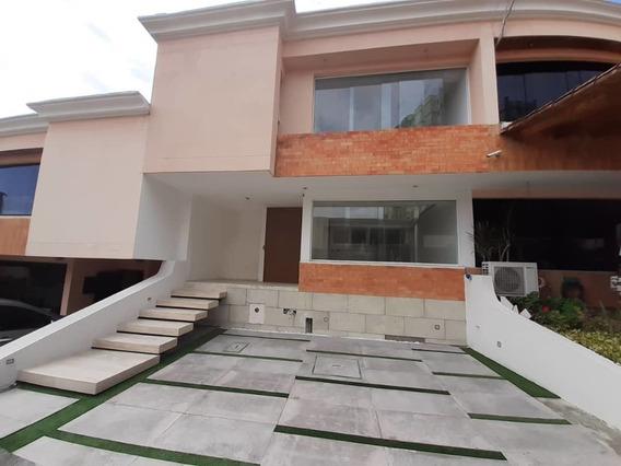 Casa Avenida Ferrero Tamayo San Cristobal
