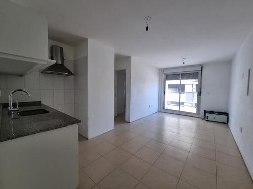 Apartamento, 1 Dormitorio, Muy Soleado.
