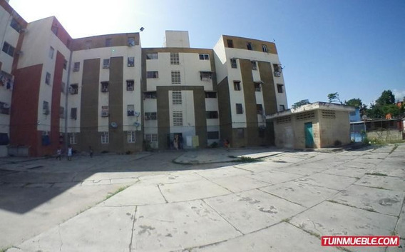 Apartamento En Venta Ruezga Rah19-13670telf:04120580381