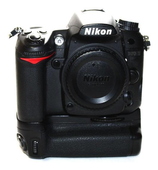 Câmera Nikon D7000 Somente O Corpo Com Grip De Bateria