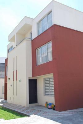 Arriendo ($620) O Vendo Casa Seminueva Conjj. Privado.
