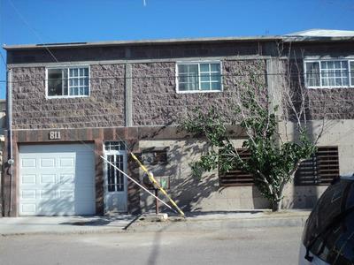 Casa De 5 Recamaras, 4 Locales Zona Comercial Posible Cambio