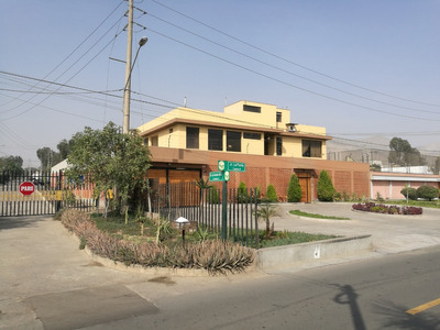 Exclusiva Residencia En La Molina Esquina Puerta A Parque