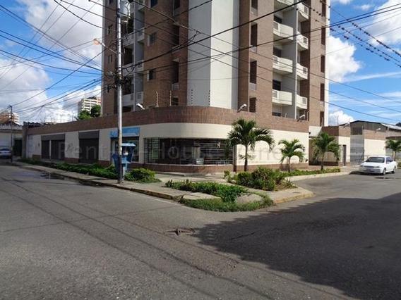 Apartamento En Venta Centro Barquisimeto Lara 20-8004