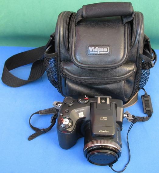Máquina Fotográfica Digital Fujifilm Finepix S7000 Casecouro