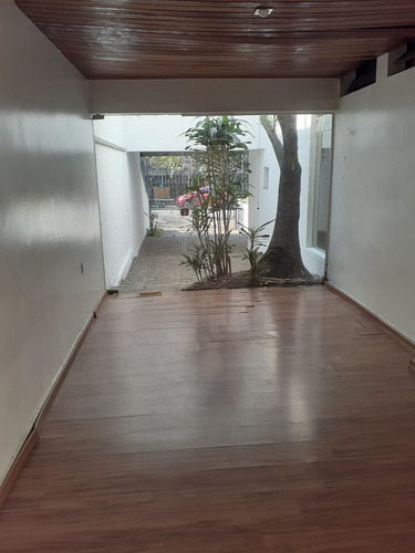 Sobrado- 3 Dormitórios- Cidade Dutra - 2468