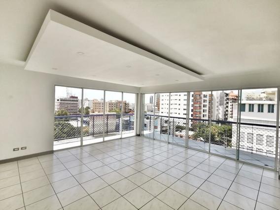 Penthouse De 3 Habitaciones En Evaristo Morales