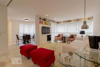 Apartamento No 13º Andar Mobiliado Com 2 Dormitórios E 2 Garagens - Id: 892932687 - 232687