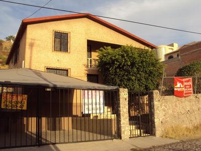 Casa 3 Recamaras 3 Baños Ubicada A 3 Cuadras De B. Quintana