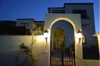 Estrena Casa Con Alberca En Los Cabos