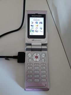 Celular Sony Ericsson Modelo W380i