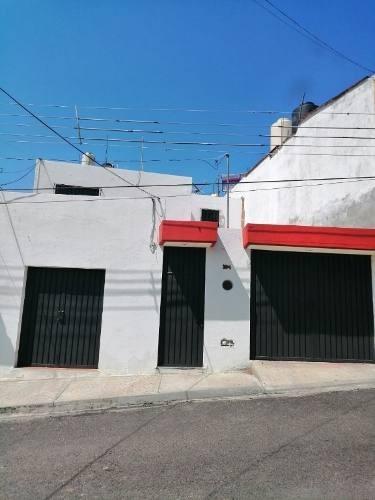 Se Renta Casa En Villas De Antequera , Oaxaca De Juárez.