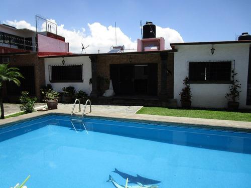 Imagen 1 de 14 de Bonita Casa En Un Solo Nivel En Ahuatepec, Cuernavaca