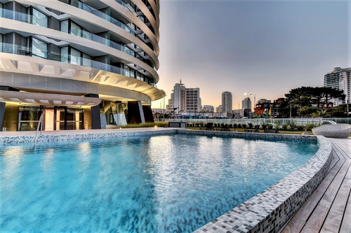 Imagen 1 de 14 de Alquiler Apartamento Artower 2 Dormitorios Punta Del Este