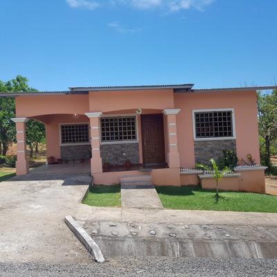 Residencial La Victoria De Boquerón
