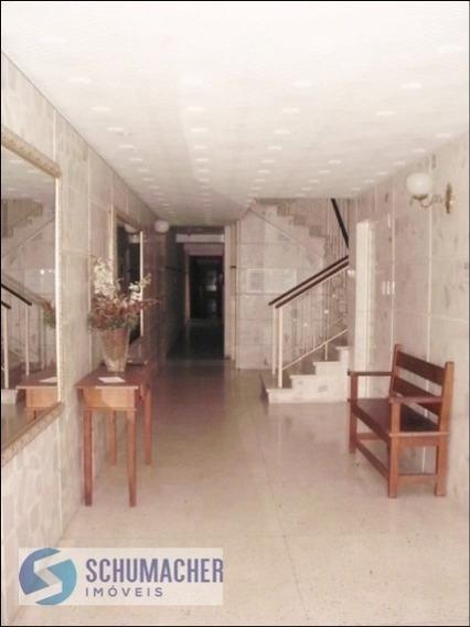 Apartamento Em Moinhos De Vento Com 3 Dormitórios - Sc6273