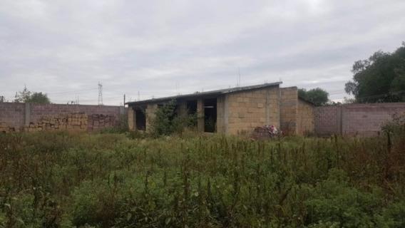 Terreno Con Construcción De Cantera