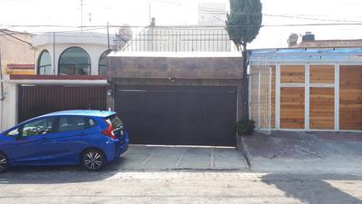 Excelente Casa Remodelada
