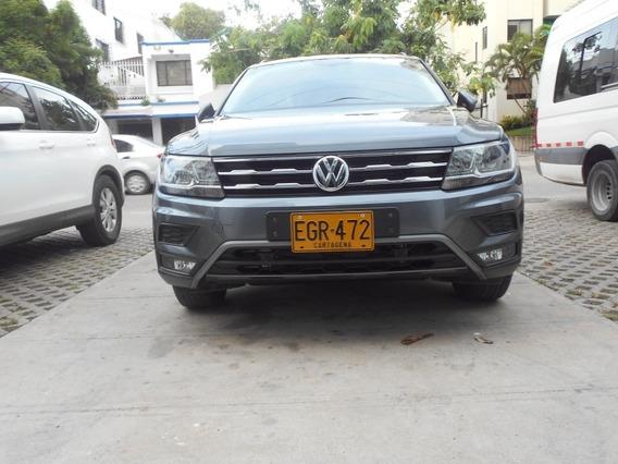 Volkswagen Tiguan Comfortline Allspace 2.0 4x4 7 Puestos