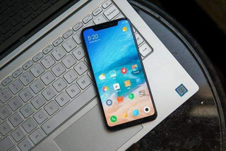 Celular Xiaomi Mi 8 Se 64gb/ 4gb Ram/ Branco / Preto