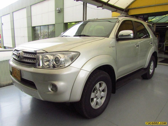 Toyota Fortuner Urbana At 2700 4x4