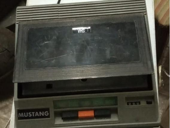 Walkman Mustang Vhs | Chinesa | Antigo