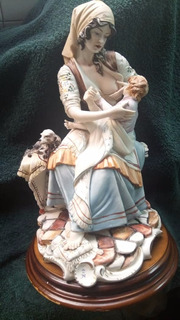 Figura De Porcelana Capodimonte, Firmada Por Meneguetti