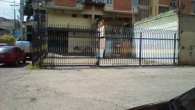 Se Alquila Local En Centro De Barquisimeto