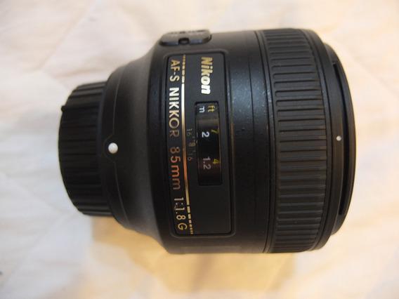 Lente Nikon 85mm 1.8g Nikkor Com Caixa Af-s Fixa