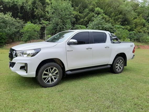 Toyota Hilux 2.8 Tdi Srv 5.500 Km 4x4 Aut. 4p 2019
