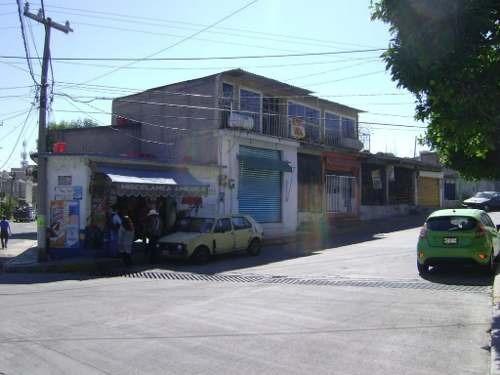 Propiedad En Venta Con Locales Comerciales En Granjas Guadalupe, Nicolás Romero, México.