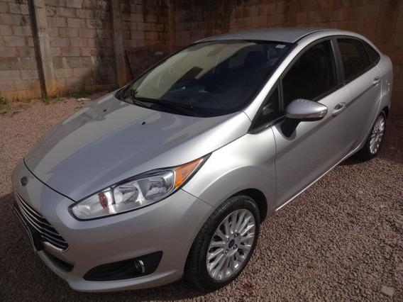 Ford Fiesta Sedan 1.6 Aut. Titanium 2015