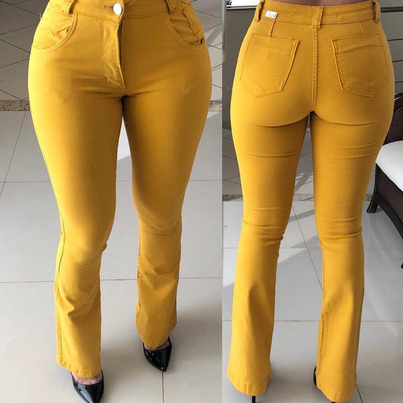 Calça Jeans Feminina Cintura Alta Flare Hot Pant Colorida