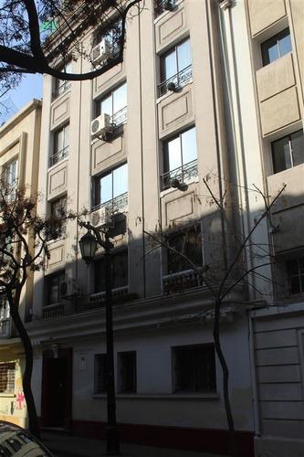 Imagen 1 de 13 de Departamento En Venta De 15 Dorm. En Santiago