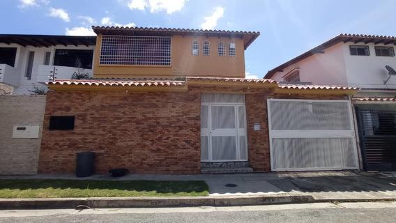 Bella Casa Macaracuay Calle Cerrada Zona Tranquila