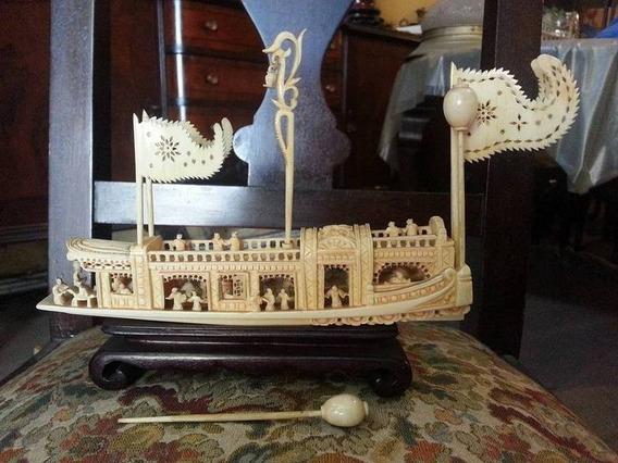 Antiguo Barco Tallado Oriental Chino Simil Bone Marfil