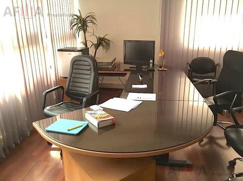 Venta Departamento Con Renta Como Oficina - Tres Cruces