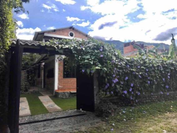 Casa En Barrio El Triunfo (ambala, Parte Alta)