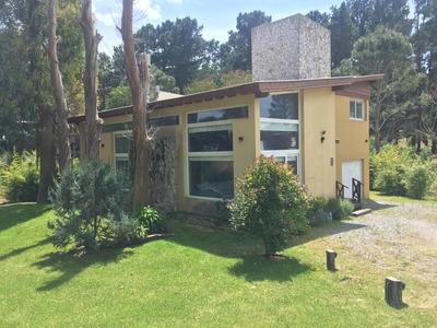 Amplia Casa En Mar De Las Pampas. 4 Amb, 3 Baños Completos