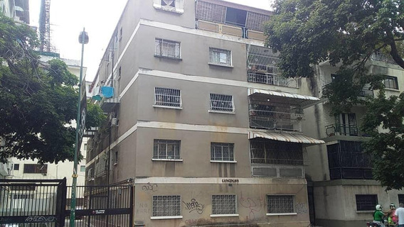 Apartamento En Venta Dg Colinas De Bello Monte19-9134