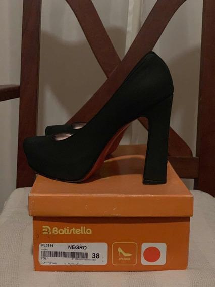 Zapatos De Vestir Marca Batistella, Color Negro