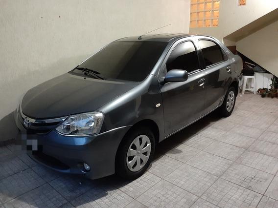 Toyota Etios Sedán Seda Xls 1.5