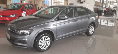 Volkswagen Virtus Trendline (migi)
