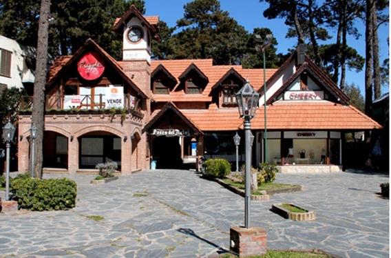 Desde Marzo 2020 Local Comercial Galeria Paseo Del Reloj