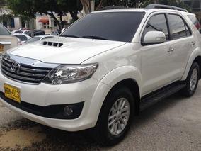 Camioneta Toyota Fortuner 2014 Diesel 4x4 Negociable Barata