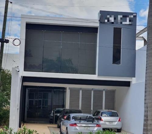 Edificio De Oficinas De Lujo En Renta A Un Costado De Gran Plaza, Mérida Norte